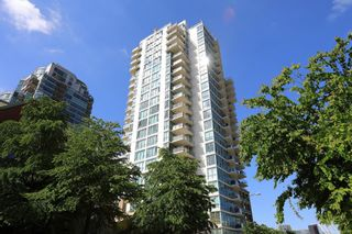 """Photo 39: 1405 120 MILROSS Avenue in Vancouver: Downtown VE Condo for sale in """"THE BRIGHTON BY BOSA"""" (Vancouver East)  : MLS®# R2617485"""