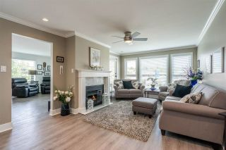 """Photo 4: 207 17740 58A Avenue in Surrey: Cloverdale BC Condo for sale in """"Derby Downs"""" (Cloverdale)  : MLS®# R2579014"""
