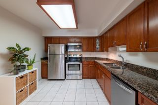 Photo 5: 706 612 FIFTH Avenue in New Westminster: Uptown NW Condo for sale : MLS®# R2611985