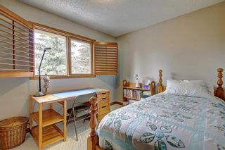 Photo 15: 153 SHAWNEE Court SW in Calgary: Shawnee Slopes Detached for sale : MLS®# C4242330