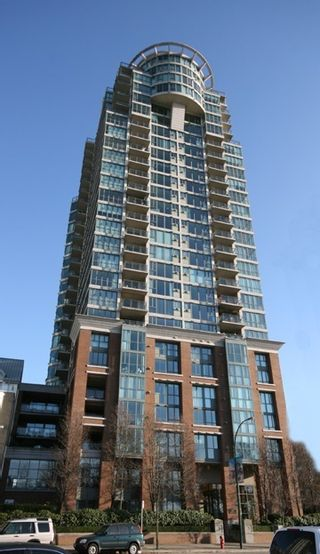 Photo 5: 306 1088 QUEBEC STREET in Vancouver East: Home for sale : MLS®# R2071383