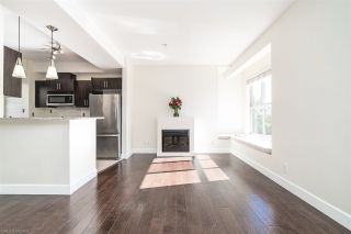 """Photo 2: 235 2108 ROWLAND Street in Port Coquitlam: Central Pt Coquitlam Townhouse for sale in """"AVIVA"""" : MLS®# R2518678"""