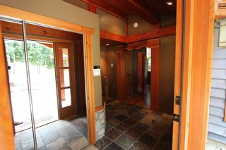Photo 4: 2489 Forest Drive: Blind Bay House for sale (Shuswap)  : MLS®# 10136151