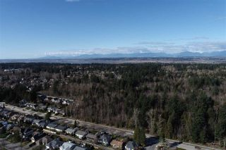 """Photo 33: 2 14239 18A Avenue in Surrey: Sunnyside Park Surrey Townhouse for sale in """"Sunhill Gardens"""" (South Surrey White Rock)  : MLS®# R2556945"""