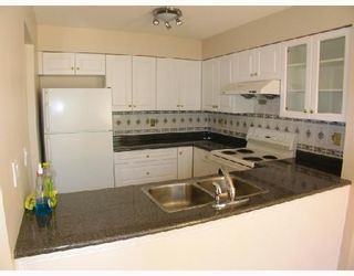 """Photo 4: 5 9880 PARSONS Road in Richmond: Woodwards Townhouse for sale in """"NEW HORIZONS"""" : MLS®# V658474"""