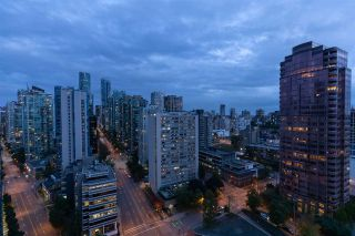 """Photo 19: 2203 620 CARDERO Street in Vancouver: Downtown VW Condo for sale in """"CARDERO"""" (Vancouver West)  : MLS®# R2541311"""