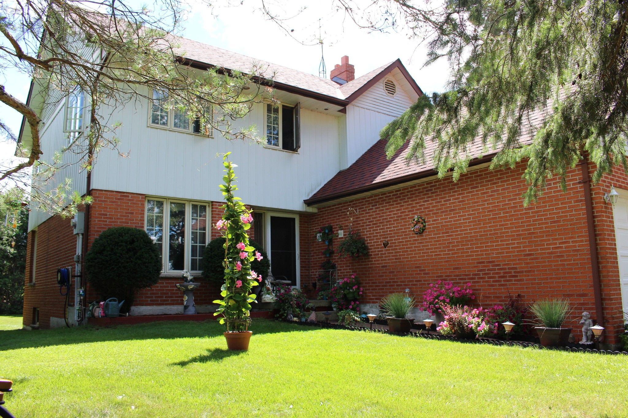 Main Photo: 4859 5Th Line Road in Port Hope: House for sale : MLS®# 40016263