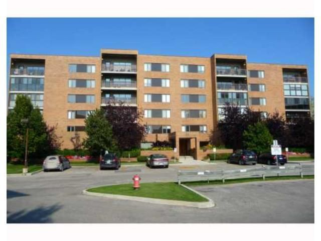 Main Photo: 85 Swindon Way in WINNIPEG: River Heights / Tuxedo / Linden Woods Condominium for sale (South Winnipeg)  : MLS®# 1000903