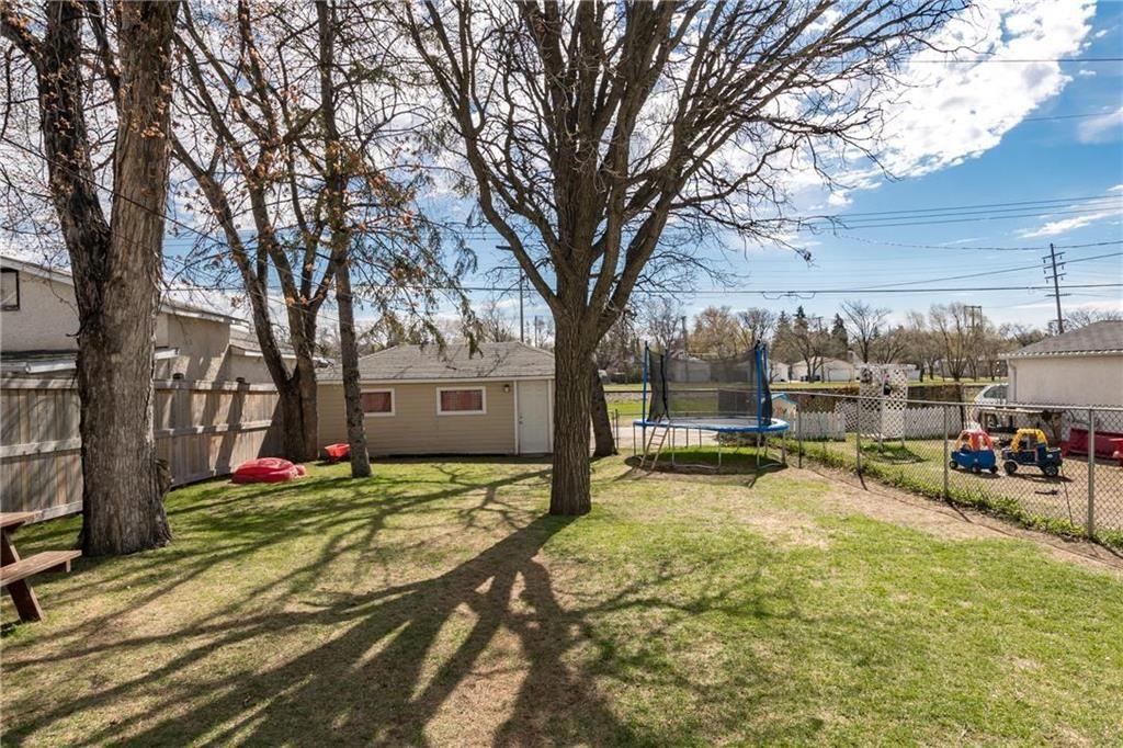 Photo 24: Photos: 292 Renfrew Street in Winnipeg: Residential for sale (1C)  : MLS®# 202010830