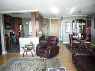Photo 6: # 305 15025 VICTORIA AV in White Rock: House for sale : MLS®# F2827433