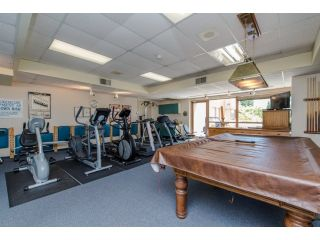 """Photo 17: 707 15111 RUSSELL Avenue: White Rock Condo for sale in """"PACIFIC TERRACE"""" (South Surrey White Rock)  : MLS®# R2074159"""