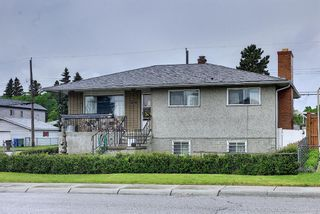 Photo 4: 1839 38 Street SE in Calgary: Forest Lawn Detached for sale : MLS®# A1120040