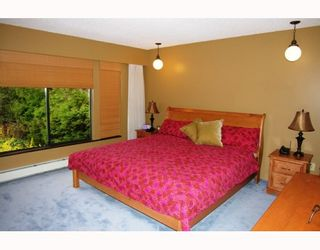 Photo 4: 1361 WYNBROOK Place in Burnaby: Simon Fraser Univer. House for sale (Burnaby North)  : MLS®# V812761