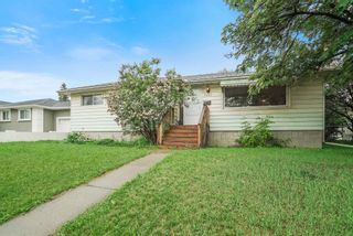 Photo 3: 9422 75 Street in Edmonton: Zone 18 House for sale : MLS®# E4250185