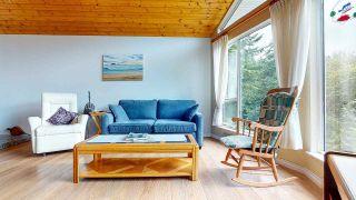 "Photo 9: 5549 SANS SOUCI Road in Halfmoon Bay: Halfmn Bay Secret Cv Redroofs House for sale in ""Secret Cove"" (Sunshine Coast)  : MLS®# R2584083"