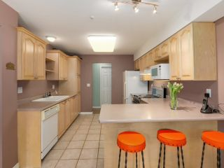Photo 7: 103 1133 E 29TH STREET in North Vancouver: Lynn Valley Condo for sale : MLS®# R2047477