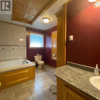 Photo 12: 55 Lake Shore Drive in West Clifford: Agriculture for sale : MLS®# 202122023