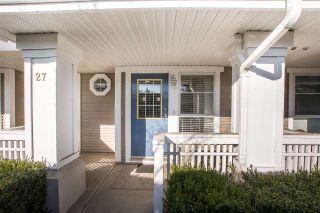 "Photo 2: 27 22000 SHARPE Avenue in Richmond: Hamilton RI Townhouse for sale in ""Richmond Mews"" : MLS®# R2542005"