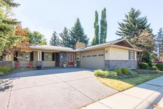 Photo 3: 1331 Mapleglade Crescent SW in Calgary: Maple Ridge Detached for sale : MLS®# A1068320