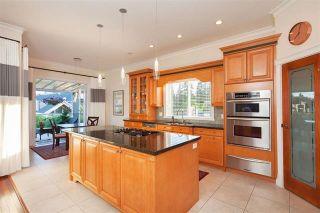 "Photo 8: 1136 SPRICE Avenue in Coquitlam: Central Coquitlam House for sale in ""COMO LAKE, CENTRAL COQUITLAM"" : MLS®# R2201084"