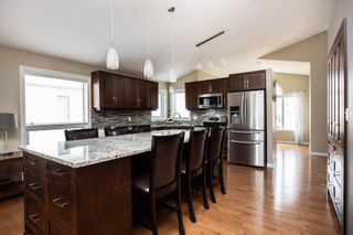 Photo 9: 8 Copperstone Crescent in Winnipeg: Southland Park Single Family Detached for sale (2K)