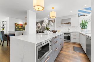 """Photo 11: 1594 ISLAND PARK Walk in Vancouver: False Creek Townhouse for sale in """"THE LAGOONS"""" (Vancouver West)  : MLS®# R2606608"""