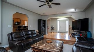 Photo 8: 11 STARDUST Drive: Dorchester Residential for sale (10 - Thames Centre)  : MLS®# 40148576