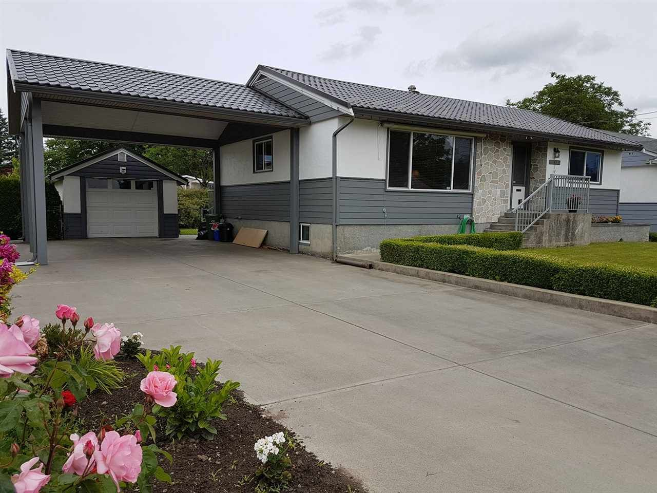 Main Photo: 46615 FRASER Avenue in Chilliwack: Chilliwack E Young-Yale House for sale : MLS®# R2178819