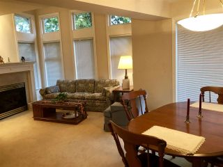 Photo 5: 301 988 W 54TH Avenue in Vancouver: South Cambie Condo for sale (Vancouver West)  : MLS®# R2334770