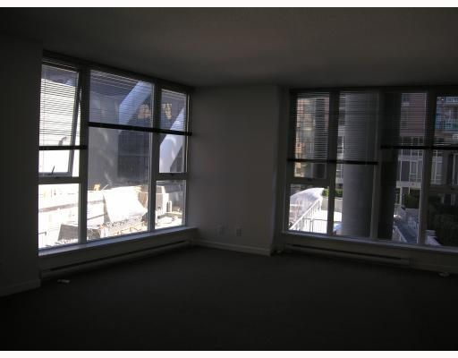 """Photo 3: Photos: 511 788 HAMILTON Street in Vancouver: Downtown VW Condo for sale in """"TV TOWER 1"""" (Vancouver West)  : MLS®# V785901"""