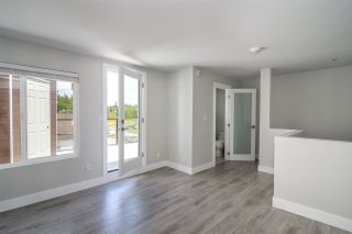 """Photo 12: 6 15989 MARINE Drive: White Rock Townhouse for sale in """"MARINER ESTATES"""" (South Surrey White Rock)  : MLS®# R2368588"""