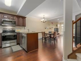 Photo 3: Photos: 7-215 East 4th in North Vancouver: Lower Lonsdale Townhouse for rent