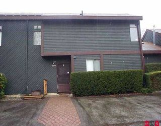 """Photo 1: 19272 FAIRWAY DR in Surrey: Cloverdale BC Townhouse for sale in """"Greenside Estates"""" (Cloverdale)  : MLS®# F2605214"""