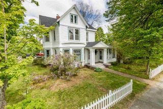 Photo 1: 20 Acadia Street in Wolfville: 404-Kings County Commercial for sale (Annapolis Valley)  : MLS®# 202011702