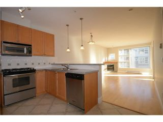 """Photo 13: 316 4500 WESTWATER Drive in Richmond: Steveston South Condo for sale in """"COPPER SKY WEST"""" : MLS®# V1097596"""