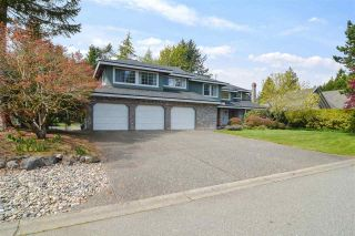 """Photo 3: 1911 134 Street in Surrey: Crescent Bch Ocean Pk. House for sale in """"Chatham Green Ocean Park"""" (South Surrey White Rock)  : MLS®# R2572714"""
