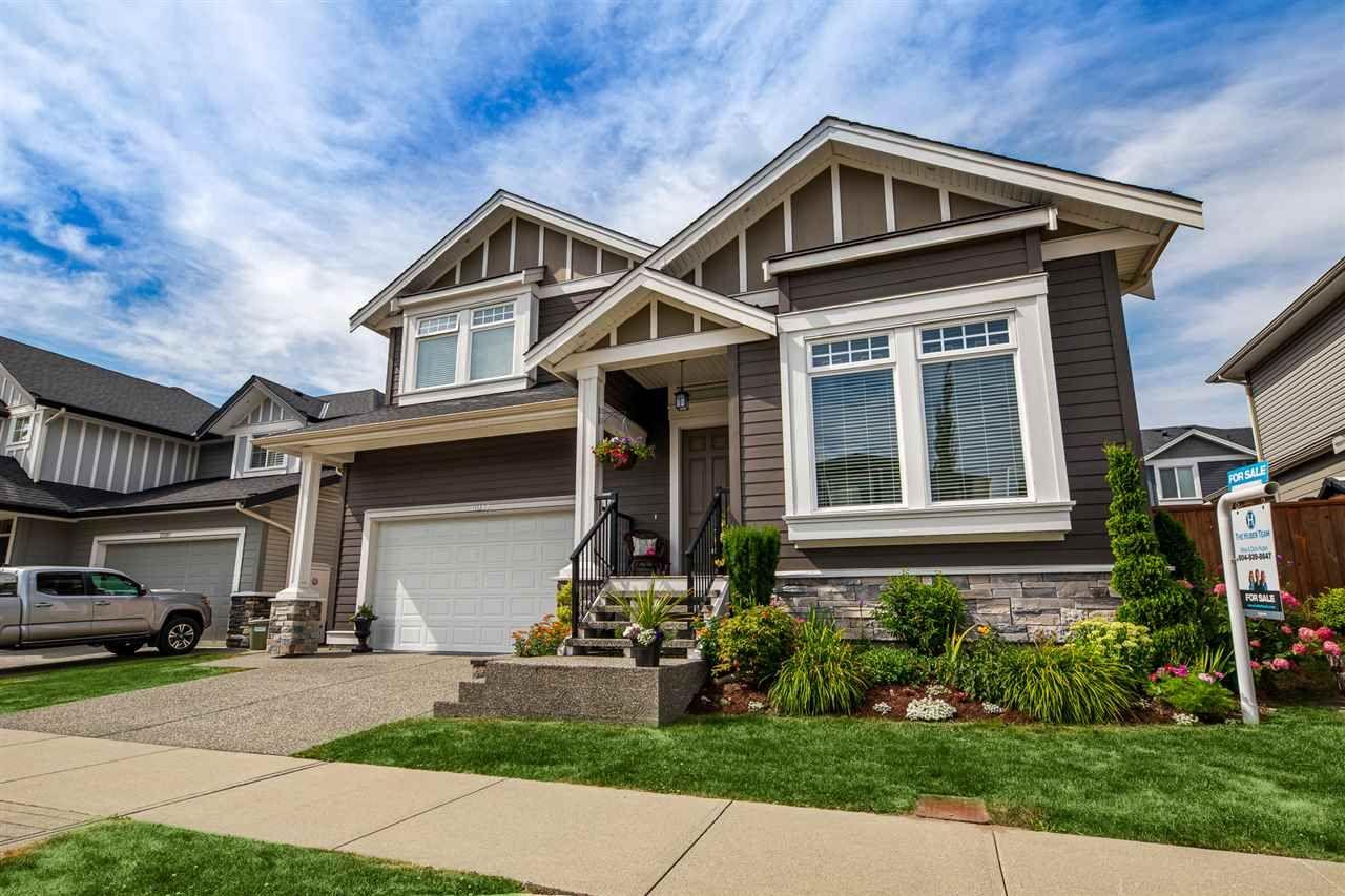Main Photo: 20397 WICKLUND Avenue in Maple Ridge: Northwest Maple Ridge House for sale : MLS®# R2383514