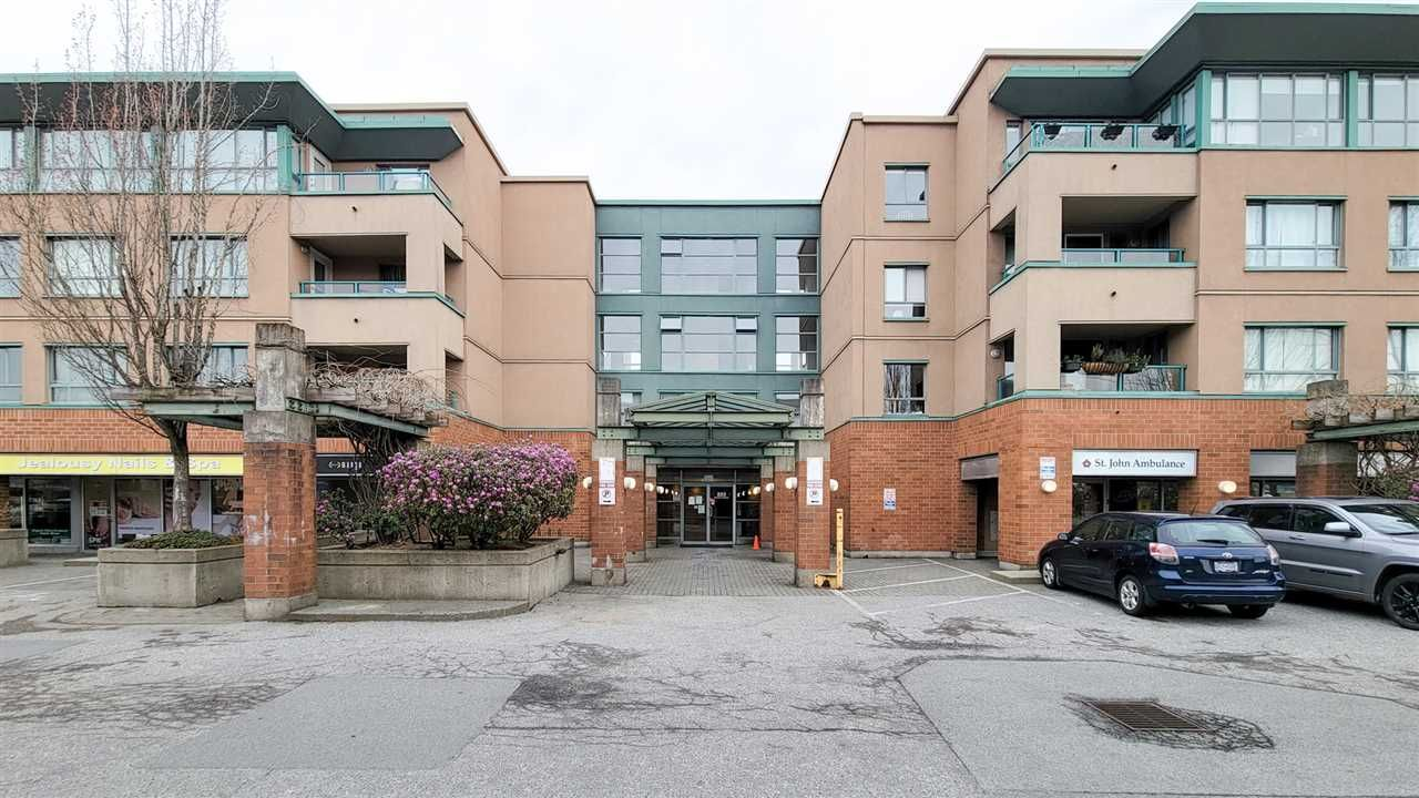 """Main Photo: PH5 223 MOUNTAIN HIGHWAY Highway in North Vancouver: Lynnmour Condo for sale in """"Mountain View Village"""" : MLS®# R2560241"""