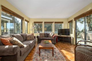Photo 4: 261 E OSBORNE Road in North Vancouver: Upper Lonsdale House for sale : MLS®# R2545823