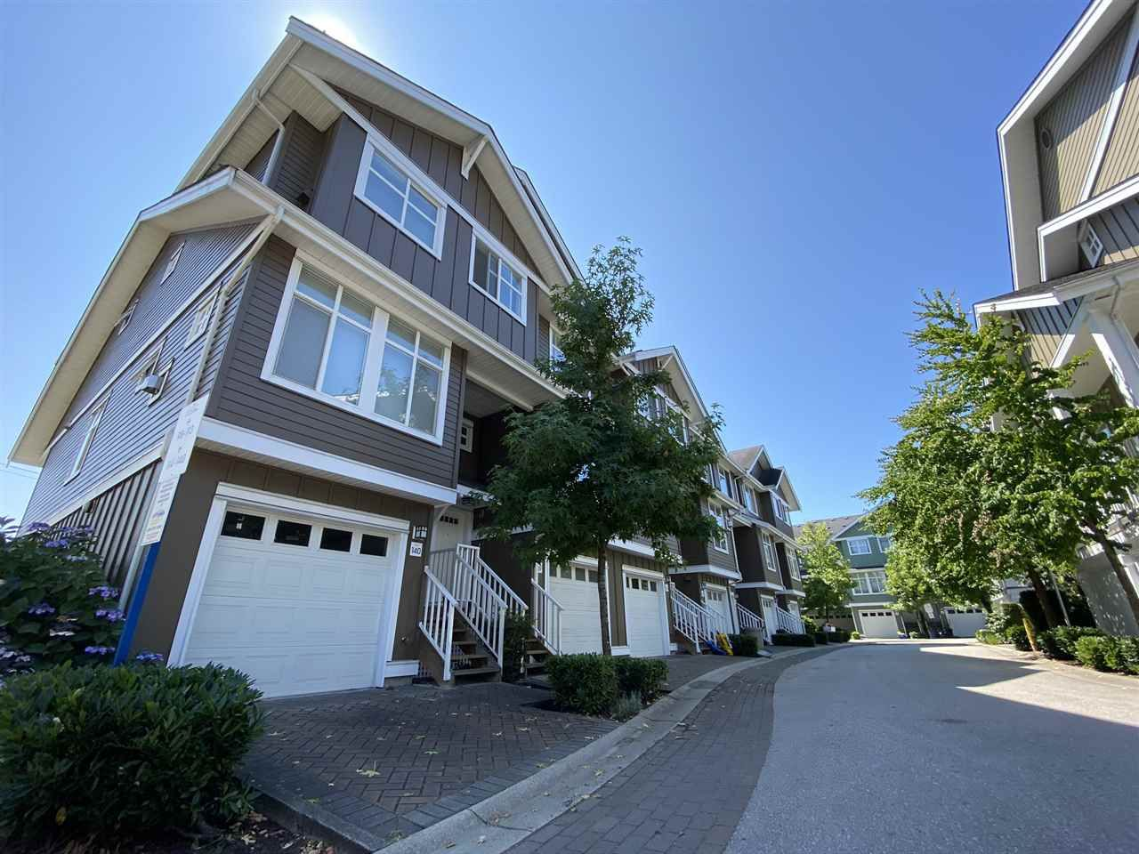 """Main Photo: 139 935 EWEN Avenue in New Westminster: Queensborough Townhouse for sale in """"Coopers Landing"""" : MLS®# R2504151"""