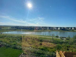 Photo 2: 121 Carringvue Manor NW in Calgary: Carrington Detached for sale : MLS®# A1140196