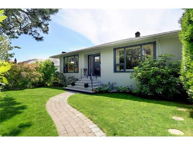 Main Photo: 713 E KEITH Road in North Vancouver: Queensbury House for sale : MLS®# V958995