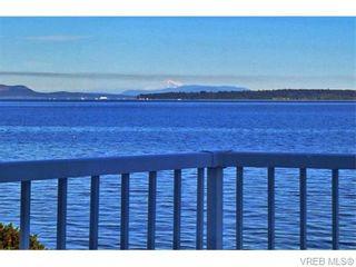 Photo 19: 9251 Lochside Dr in NORTH SAANICH: NS Bazan Bay House for sale (North Saanich)  : MLS®# 742673