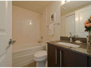 Photo 7: # 404 15795 CROYDON DR in Surrey: Grandview Surrey Condo for sale (South Surrey White Rock)  : MLS®# F1421216