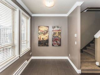 """Photo 6: 52 19560 68 Avenue in Surrey: Clayton Townhouse for sale in """"Solano"""" (Cloverdale)  : MLS®# R2139361"""