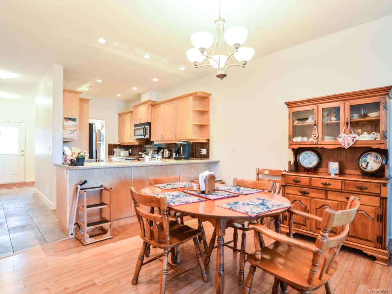 Photo 4: Photos: 15 346 Erickson Rd in CAMPBELL RIVER: CR Willow Point Row/Townhouse for sale (Campbell River)  : MLS®# 768843