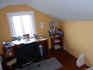 Photo 12: 2779 NANAIMO Street in Vancouver: Grandview VE House for sale (Vancouver East)  : MLS®# R2023376