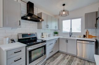 Photo 7: 5711 89 Avenue in Edmonton: Zone 18 House for sale : MLS®# E4247720