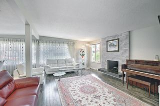 Photo 4: 6 Varslea Place NW in Calgary: Varsity Detached for sale : MLS®# A1122141