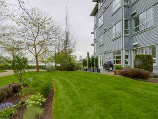 """Photo 5: 108 1880 E KENT AVENUE SOUTH in Vancouver: Fraserview VE Condo for sale in """"PILOT HOUSE AT TUGBOAT LANDING"""" (Vancouver East)  : MLS®# R2057021"""